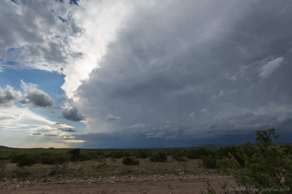 Very Distant Supercell - Sterling, Co. TX