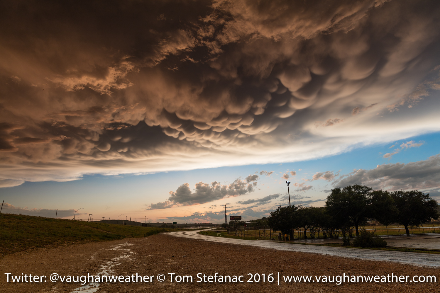 Mammatus clouds in Sonora Texas